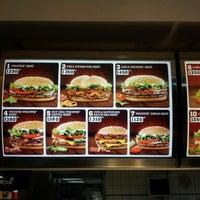 Photo taken at Burger King by InCash Ügyvitel - P. on 2/19/2012