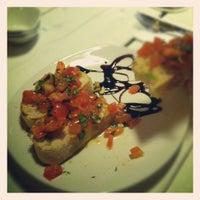 Das Foto wurde bei Farina - Pizza Pasta Bar von Christian S. am 2/17/2012 aufgenommen