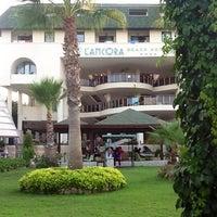 8/15/2012 tarihinde Валерия Б.ziyaretçi tarafından Lancora Beach Resort'de çekilen fotoğraf