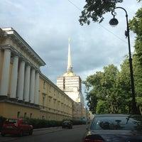 Снимок сделан в Адмиралтейство пользователем 🍃 7/19/2012
