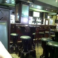 7/7/2012 tarihinde Utami A.ziyaretçi tarafından William Shakespeare Pub'de çekilen fotoğraf
