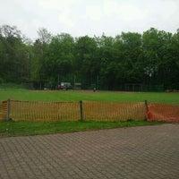 Das Foto wurde bei Baseballstadion Köln von Urs A. am 4/29/2012 aufgenommen