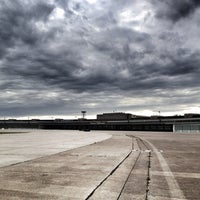 Das Foto wurde bei Flughafen Tempelhof von Torsten B. am 7/15/2012 aufgenommen