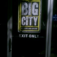 Photo taken at Big City Burgers And Greens by David N. on 9/4/2012