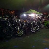 Photo taken at Encontro Semanal de Motociclistas - 5ªs feiras. by Steven G. on 8/31/2012