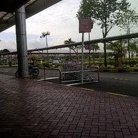 Foto diambil di AEON Permas Jaya Shopping Centre oleh Z T. pada 7/17/2012