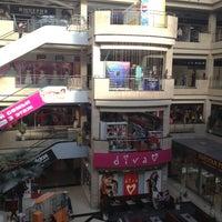 Снимок сделан в ТЦ «XL» пользователем Алмаз 9/2/2012