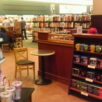 Photo taken at Barnes & Noble by NinjaNeuro on 8/26/2012