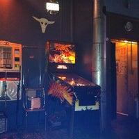 Foto tirada no(a) Cafe Venus / Mars Bar por Arjay C. em 7/31/2012