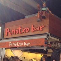 Foto tomada en Pinotxo por Joycee O. el 4/2/2012