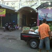 Photo taken at Pasar Kutu by Bung M. on 6/18/2012