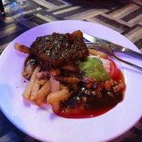 Photo taken at Fiske Steakhouse by Sya_na on 4/26/2012