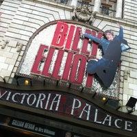 Photo prise au Victoria Palace Theatre par benoit d. le7/11/2012