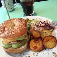 Photo taken at Rachel - Bagels & Burgers by Antonio E. on 3/29/2012
