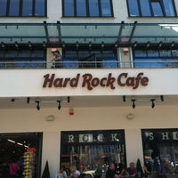 Photo taken at Hard Rock Cafe Berlin by Onni M. on 4/28/2012