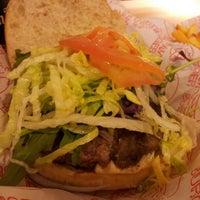 Foto tomada en Pim Pam Burger por En Ocasiones Veo Bares el 5/10/2012