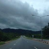 Photo taken at สถานีตำรวจภูธรแม่ท้อ by พอดีพอดี ด. on 6/26/2012