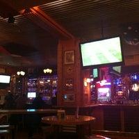 Das Foto wurde bei Yours Australian Bar von Mishutka O. am 2/19/2012 aufgenommen
