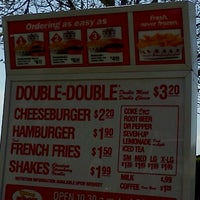 Photo taken at In-N-Out Burger by Chad M. on 3/16/2012