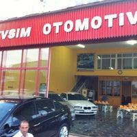 Photo taken at Mevsim Otomotiv( Ahmet Er ) by Mustafa C. on 8/11/2012