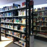 Photo taken at Amerika-Gedenkbibliothek (AGB) by Detlef R. on 3/13/2012