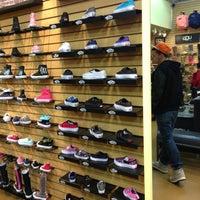 Photo taken at Robert Wayne Footwear by JB J. on 2/15/2013