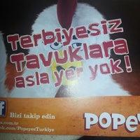 Photo taken at Popeyes by 'Hasan Bahadır K. on 7/3/2013