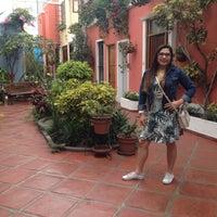 Photo prise au Hostal El Patio par Marita V. le11/15/2015
