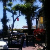4/26/2013 tarihinde Gamze E.ziyaretçi tarafından Green Beach Restaurant'de çekilen fotoğraf