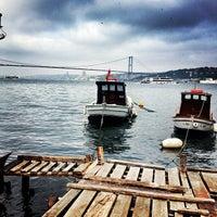 Photo taken at Tarihi Çınaraltı Aile Çay Bahçesi by Bahar A. on 5/8/2013