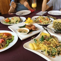 Photo taken at Nearykhmer Restaurant by yuciea on 11/16/2017