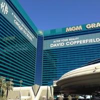 Das Foto wurde bei MGM Grand Hotel & Casino von Elena👼 am 4/10/2013 aufgenommen