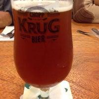 Foto tirada no(a) Krug Bier por Gio M. em 6/26/2014