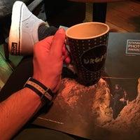 11/19/2017 tarihinde Çağlar G.ziyaretçi tarafından DROPS Cafe'de çekilen fotoğraf