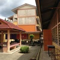 Photo taken at Sekolah Kebangsaan Binjai by En M. on 1/9/2013