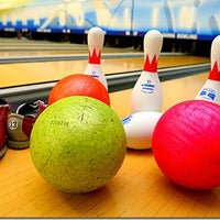Photo taken at Amazon Bowling by Anderson B. on 10/27/2012