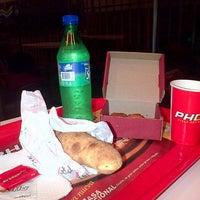 Photo taken at PHD Pizza Hut Delivery by Santiago A. on 5/7/2013