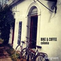 Foto tomada en Bike & Coffee por ANDY P. el 2/11/2013