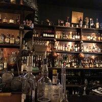 Foto scattata a CU29 Cocktail Bar da Jeff H. il 3/24/2018