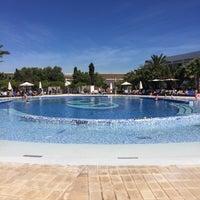 Photo taken at Swimming Pool Palladium by Miguel S. on 5/17/2017