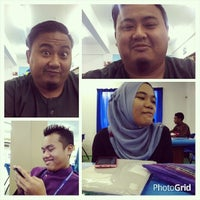 Photo taken at Library Uniti by Shahreel S. on 8/15/2014