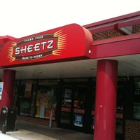 Photo taken at SHEETZ by Kelley S. on 8/18/2013