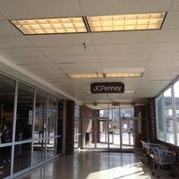 4/12/2015에 Kelley S.님이 JCPenney에서 찍은 사진