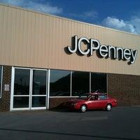 8/9/2013에 Kelley S.님이 JCPenney에서 찍은 사진