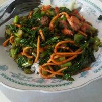 Photo taken at Depot Nasi Sayur H. Tarjo by Melinda G. on 12/6/2012
