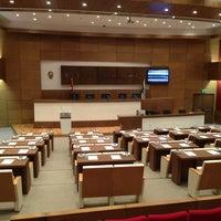 1/8/2013 tarihinde Bugra D.ziyaretçi tarafından Kadikoy Belediye Meclisi'de çekilen fotoğraf