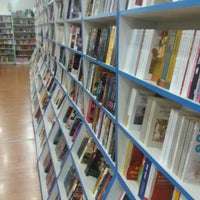 9/27/2015 tarihinde Bülent ö.ziyaretçi tarafından Tivoli Kitabevi'de çekilen fotoğraf