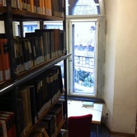 Photo taken at Bibliothek Theologie by Timo G. on 1/14/2013