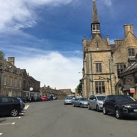 Photo taken at Stow-on-the-Wold by Afonso A. on 5/28/2017