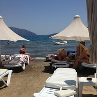 Photo taken at Santana Beach by Yaşar Ç. on 7/3/2013